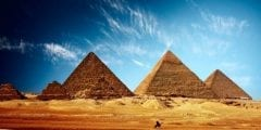سر بناء اهرامات الجيزة