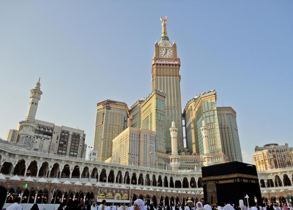 Photo of برج الساعة فى مكة المكرمة