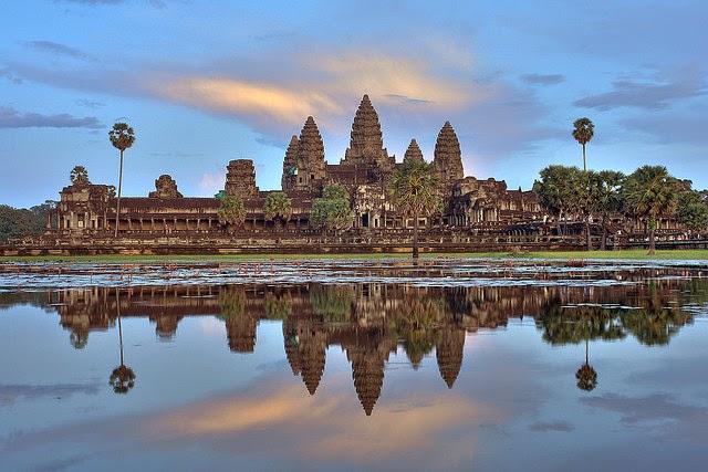Photo of معبد انغكور وات رمز دولة كمبوديا