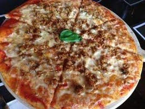 كيفية عمل البيتزا باللحمة المفرومة