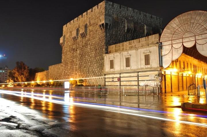 قلعة دمشق تحفة معمارية من الدولة الايوبية