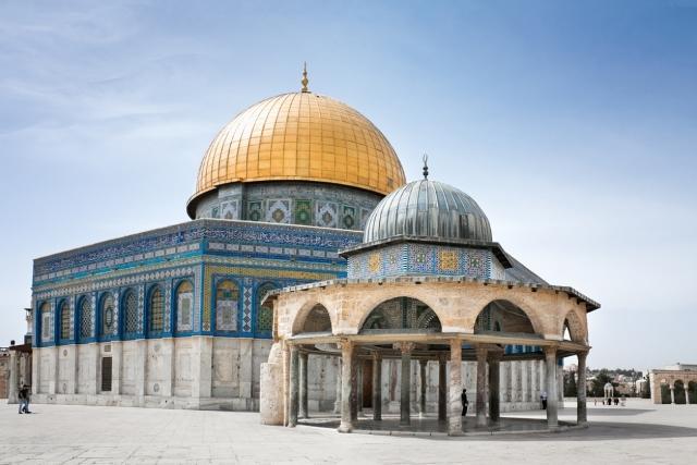 سبب تسمية المسجد الأقصى بهذا الاسم