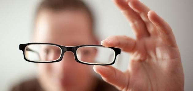 Photo of لا تقرأ لوقت طويل.. أسباب قصر النظر وأعراضه وطرق الوقاية منه