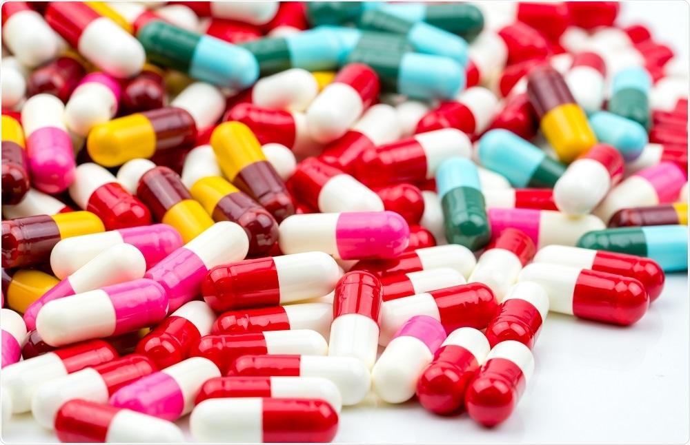 المضادات الحيوية.