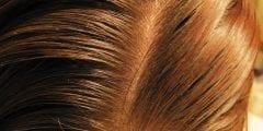 صبغ الشعر بالكركم بطريقة طبيعية