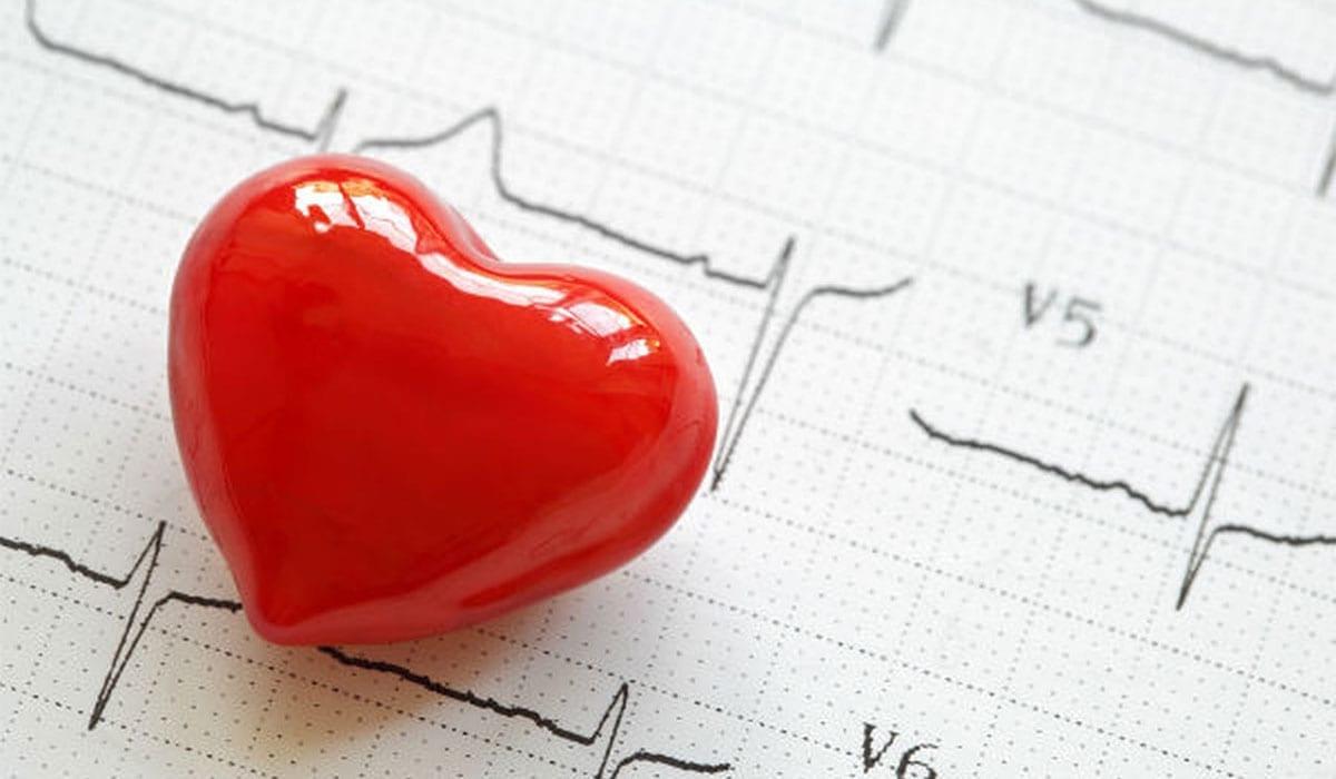 Photo of إليك 9 طرق لتقليل نسبة الكوليسترول في الدم تعرف عليهم