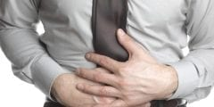 أعراض التسمم الغذائي وكيفية علاجه ونصائح للوقاية منه