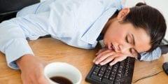 ماهو النوم القهرى ومضاعفاته ووسائل علاجه
