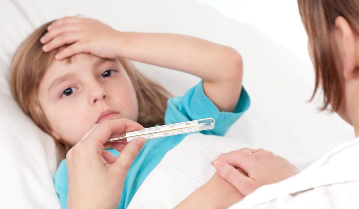"""Photo of أهم أعراض الحمى الروماتيزمية """"مضاعفاتها وطرق علاجها"""""""