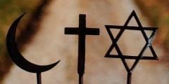 ما هي أكثر و أسرع الديانات انتشارًا حول العالم؟