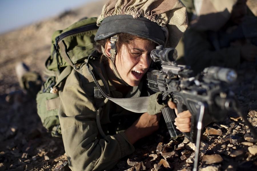 التجنيد العسكرى للنساء