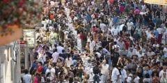 يمر به 3 مليون شخص يوميًا.. أهم المعلومات عن شارع الاستقلال في تركيا