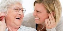 كيف تساعد الموسيقى في علاج مرضى الزهايمر