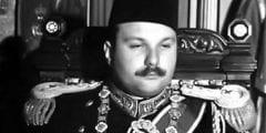 مات مسمومًا ورفضت السلطات دفنه في مصر..حياة الملك فاروق بعد الثورة