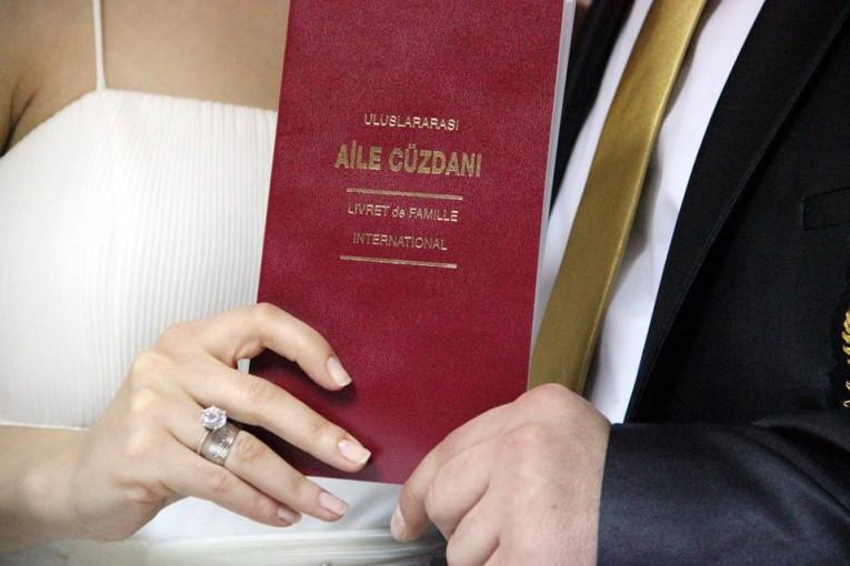 زواج الأقارب ممنوع.. أهم قوانين وشروط الزواج في تركيا