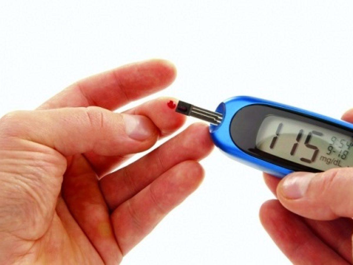 هل شرب الماء يؤثر على نتيجة تحليل السكر وما هي أنواع مرض السكري نادي العرب