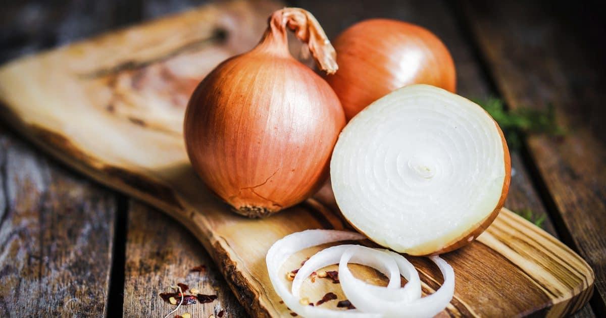 ما هي فوائد التبخر بقشر البصل والثوم للحامل