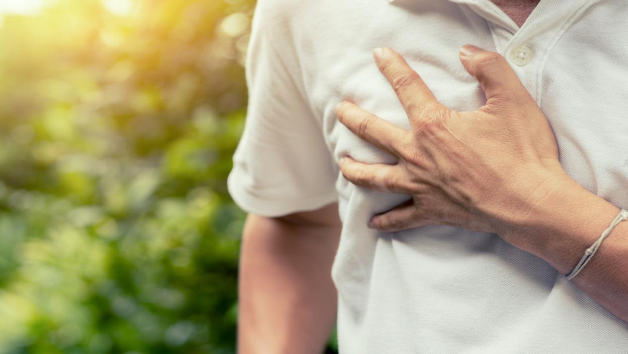 الغده الدرقيه تسبب الم في الثدي