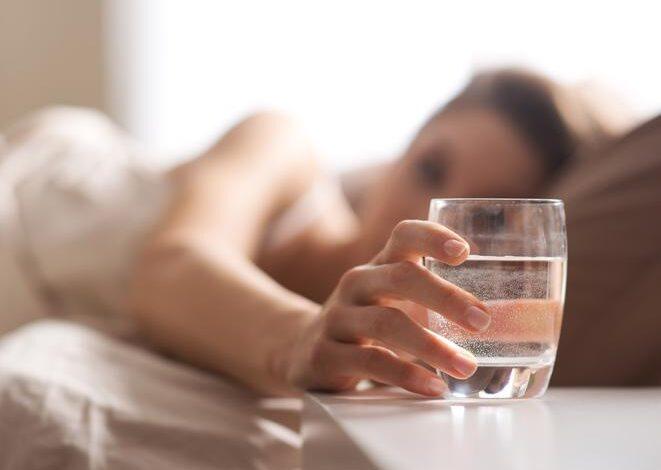 فوائد الماء قبل النوم