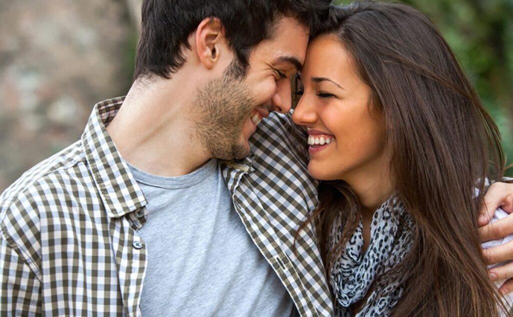 الرجل الجدي والمرأة الجوزاء في الحب