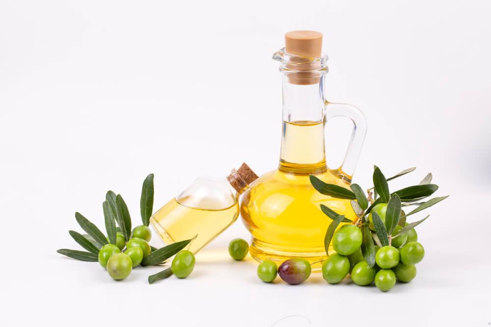 تجربتي مع زيت الزيتون لزيادة الوزن   فوائد زيت الزيتون