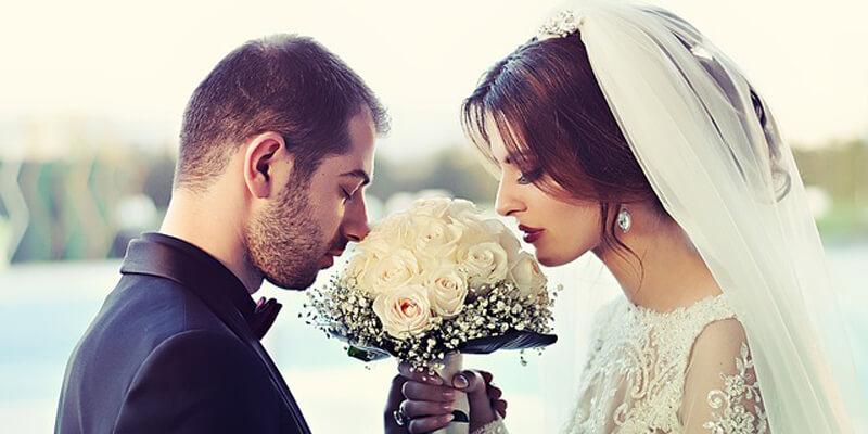 تفسير حلم زواج المتزوجة من شخص تعرفه لابن سيرين والنابلسي وابن شاهين