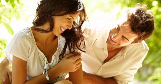 رجل الاسد والمرأة العذراء في الحب
