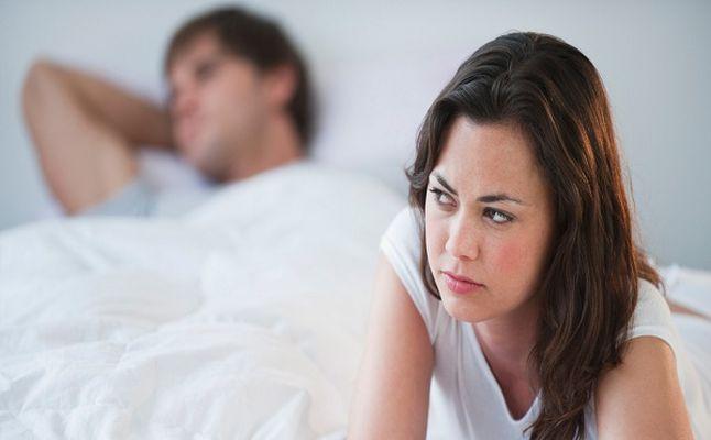 كيف تعرف أن زوجتك تتخيل غيرك